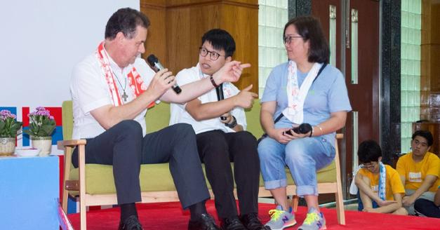 """Macao – """"Dobbiamo essere presenti nel mondo digitale"""": intervista al Rettor Maggiore"""