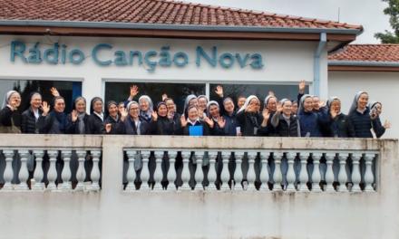 Le Suore della carità di Gesù visitano la sede della Comunità Canção Nova in Brasile